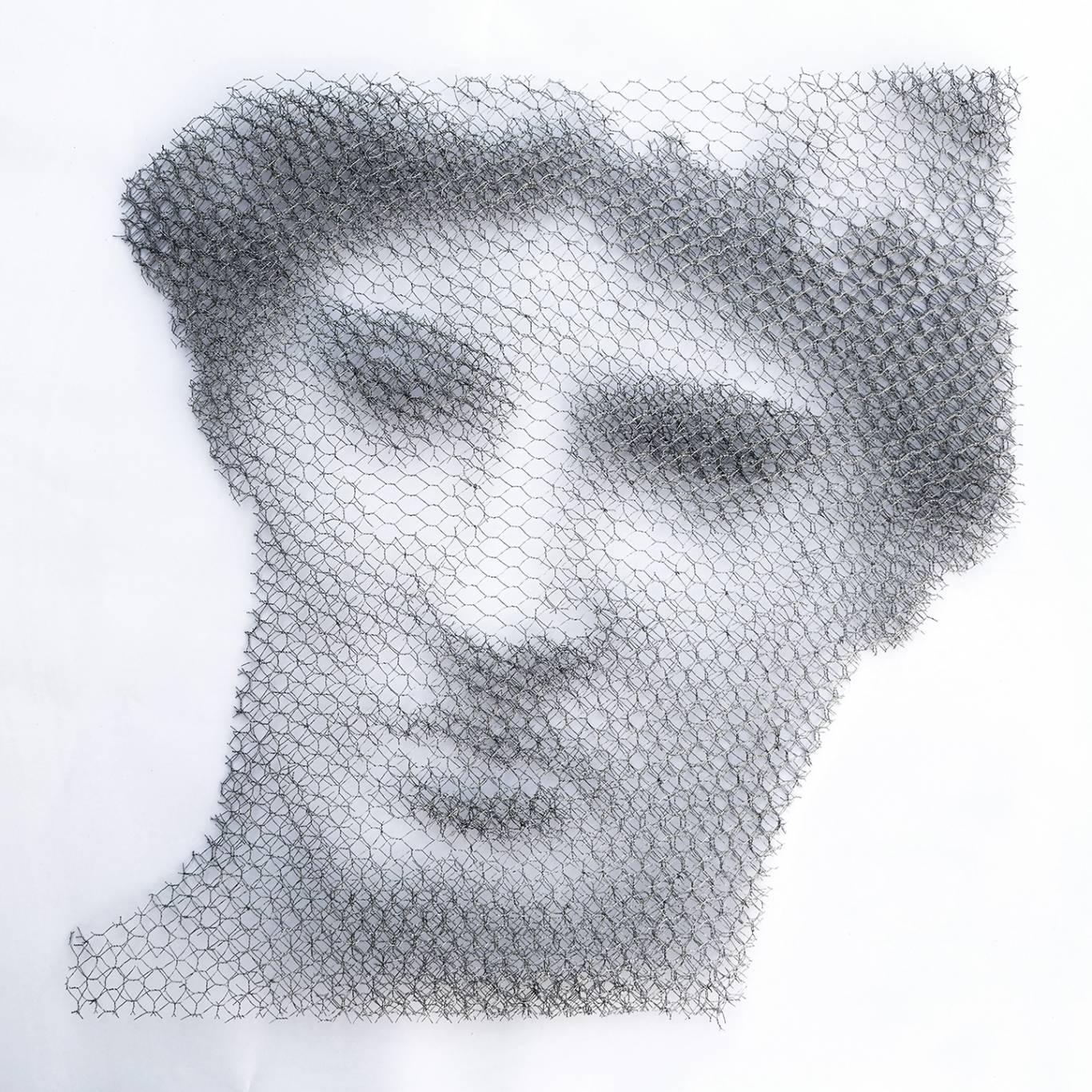 Giorgio-Tentolini,-Athena-Lemnia-1,-2017,-cm-70-x-70,-reti-intagliate-a-mano-e-sovrapposte-a-fondale-bianco